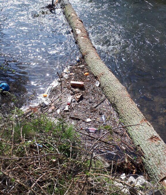LIVES project: WVER installs first litter trap